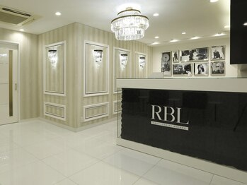 ローランドビューティラウンジ 新宿西口駅前店(RBL)(東京都新宿区)