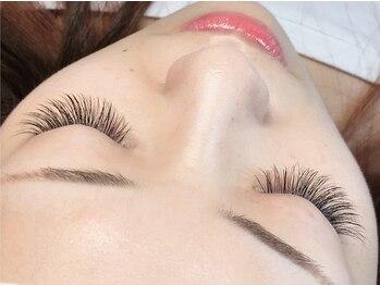 """アンジェリークアイラッシュ(Angelique Eye Lash)の写真/【コロナ対策実施中】圧倒的モチ×ついていることを忘れるほどの超軽量まつ毛""""フラットラッシュ""""導入店♪"""