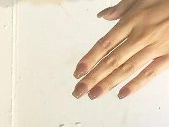 """フリーク(FREAK)の写真/自分至上""""今一番自分の手元が好きになる。""""こだわりのフォルムでついつい見せたくなるお爪に!"""