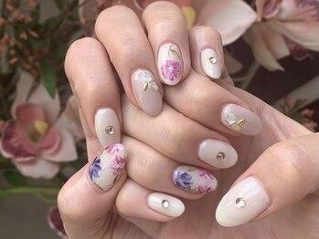 エイト 渋谷本店(eight)の写真/【持込OK♪¥6900~】お花、チェック柄、個性派アートや絵画ネイルまで!幅広く手書きアート対応可能♪