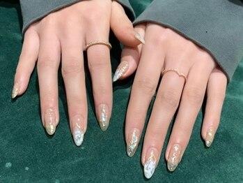 オミ(OMI)の写真/自爪の形や長さにお悩みの方ご相談ください☆すらっと長く、キレイに指を魅せたい方必見♪