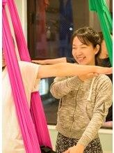 エアリアルヨガスタジオ エアラビ(AIR RAVI)池田 麻衣