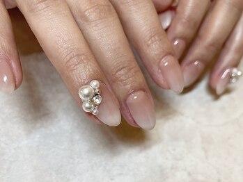 ディタ(DITA)の写真/【カルジェル取扱店】自爪に優しい高品質ジェルで負担を最小限に。美しいネイルを長く楽しめます♪