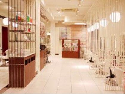 ヘアーアンドメイクアースネイル 市ヶ谷店(HAIR&MAKE EARTH Nail)の写真