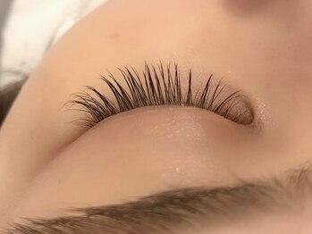 ラブカール 恵比寿店(Love Curl)の写真/今話題!!まつ毛ケアLashAddict導入!あなたのまつ毛をより健康的で元気な状態にします♪
