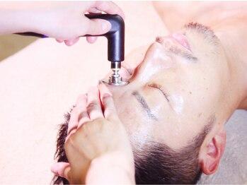 インディバ専門店 銀座イヌディバの写真/高周波機器[インディバ]で顔の疲れ・肌の悩み・年齢によるしわやたるみを改善!眼精疲労/不眠症にも◎