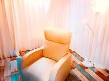 サロンドヴィヤージュ (Salon de Viyage)の雰囲気(落ち着いた空間!他の人に見られない半個室♪)