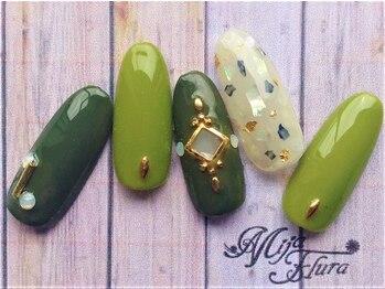 ホームネイルサロン 戸田 ミハ フルーラ(Home Nail Salon Mija Flura)/ラグジュアリー ¥7980 Y128L