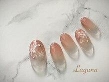 ラグウナ(Laguna)/雪の結晶ネイル