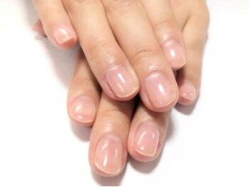 ワンネイル(ONE NAIL)の写真/職業や生活スタイルによって、爪の悩みは色々…薄くなってしまった爪でお悩みの方はクリアジェルで補強を!