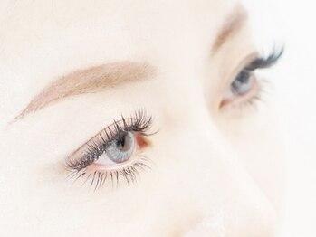 アイラッシュサロン エトワール(Etoile)の写真/新技術!モンティシルコース プレミアムミンクラッシュ160本☆根元からぱっちり上向き愛される瞳に♪