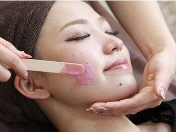 イーヨー 姪浜駅南店(Eyore)の写真/《産毛/角質/顔ダニ》をフェイスワックスで徹底除去!くすみ/毛穴汚れを改善し、明るく透明感のある艶肌に♪