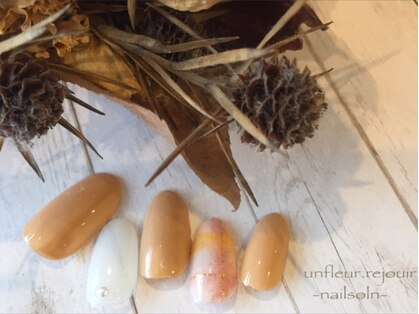 アンフレール ネイルアンドアイラッシュ(Un fleur nail&eyelash)の写真