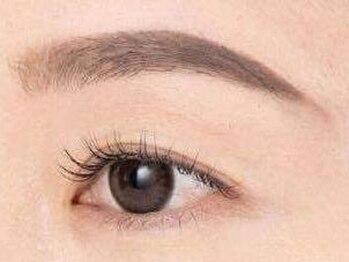 ベリー 静岡駅前店(Very)の写真/【新メニュー Wax脱毛】左右差、濃さ、太さ等を調節し、眉毛を美しく整えます!