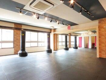 キックボクササイズスタジオ シェイプラボ 水天宮前店(東京都中央区)