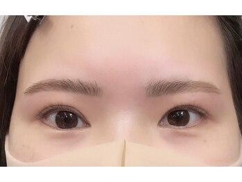 ダフネ(DAFNE)/眉毛とまつ毛のセットメニュー
