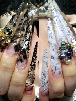 クロスネイル(CROSS nail)の写真/【マツコ会議】フォルム/厚み/長さ…とにかく形にこだわるスカルプ専門店!!日本屈指の美フォルム仕上は必見