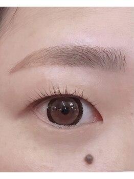 ダフネ(DAFNE)/眉毛wax+パリジェンヌ