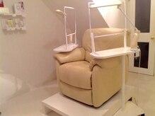 クンスタイルネイルルーム(Kun style nail room)の雰囲気(ゆったりとした個室は30分330円で利用出来DVD/TV付/お子様もOK)