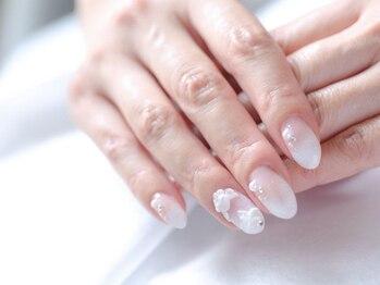 ネイルサロンブラン(nail salon BLANC)/少しロングのブライダルネイル