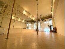 ポールダンススタジオ パーソナル エヴァ(POLE DANCE PERSONAL STUDIO AVA)の詳細を見る