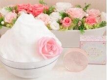 女性専用ローズエステサロン ミミエデンの雰囲気(フェイシャルには希少なバラ使用した石鹸で洗顔します。)