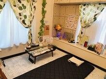 ヨサパーク フラワー 東金田間店(YOSA PARK flower)の雰囲気(ゆったり寛げるカウンセリング&マッサージルーム♪)
