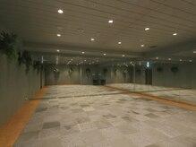 ホットヨガスタジオ美温 大崎店の雰囲気(富士山の溶岩石で温める特殊構造のスタジオ)