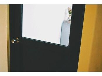 ネイルサロン アトリエ エフ(atelier efu)(愛媛県松山市)