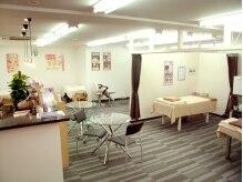 プリマプリート 岐阜店の雰囲気(オープンスペースでゆったりとした時間をお過ごし頂けます。)
