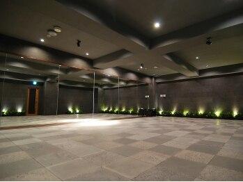 ホットラックス 新宿店(HOTLUX)(東京都新宿区)