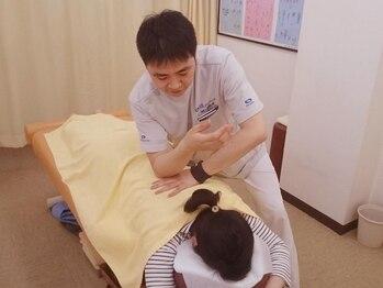 大川カイロプラクティックセンター うめやしき整体院の写真/慢性的な腰痛にお悩みの方!原因は腰以外の場所かもしれません。原因を突き止め、腰痛を根本からを解消★