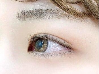 バニーアイズ テンジン(Bunny eye's TENJIN)の写真/まつげの健康を第1に考えた国産グル-を使用!ナチュラル派の方も納得の仕上がりに♪