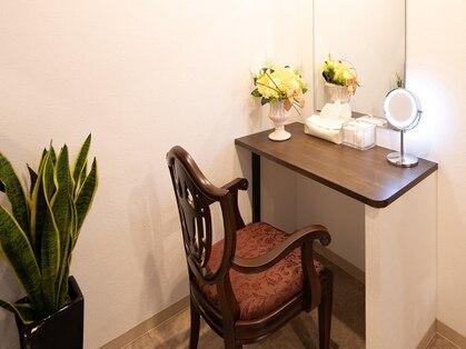 エヴァーグレース サロンドクホ 表参道店(salon de KUHO)の写真