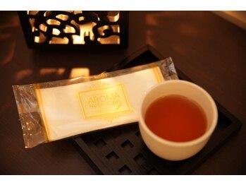 アタマファクトリー 新宿店/施術後は温かいお茶でホッコリ