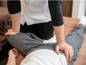 リラクゼーションサロン オカゲサマ(Okagesama)の写真/【骨盤矯正30分+もみほぐし60分¥6300】正しい姿勢・メリハリボディへ導きます!むくみや冷え改善にもお勧め