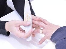 ネイルサロンベリーの雰囲気(爪や爪周辺のケアも丁寧に行います☆)