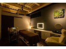 アールイデアル ビューティーフジ(R Ideal Beauty Fuji)の雰囲気(広い施術室で極上リラックス時間を♪)