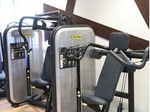 パーソナルトレーニングジム ブカツ(BUKATSU)の雰囲気(マシンは最高品質のテクノジムで統一。)