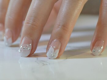 ネイルサロンブラン(nail salon BLANC)/大人フラワーブライダルネイル