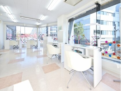 ネイルR 新百合ヶ丘店の写真