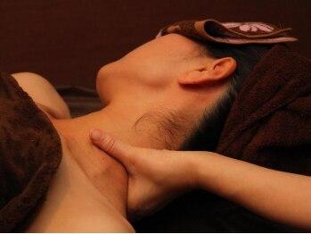 """リンパサロン ルクラ(Lecura)の写真/[リピーター続出の人気店]諦めてた首肩コリ/背中の痛み/だるさも""""オールハンドのデトックスリンパ""""で改善!"""