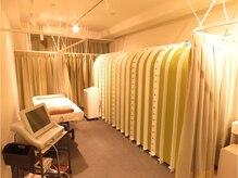 ララク 東新宿店の雰囲気(プライベート空間でゆったり寛ぎください♪)