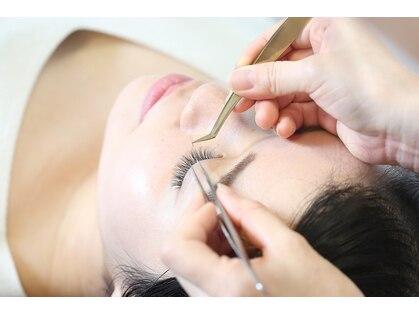 エピファニー(Epi phany Eyelash Salon)の写真