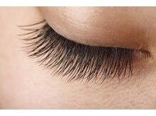 地まつ毛を健康に育てることでエクステの持続力が増します。
