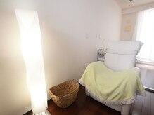 アイラッシュルーム リリー(Eyelashroom Lily)の雰囲気(落ち着いたプライベート空間。ゆったりとお過ごし頂けます)