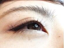 あなたの瞳をより美しく☆軽くてつけ心地◎