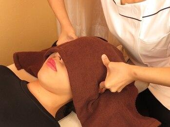 フレスコ 池袋西口店の写真/【ホットアイマスク付き眼精ケア☆30分¥4400】疲れ目&むくみに!視界がスーッと開けてクリアになり快適に♪
