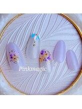 ピンクマジック(PINKMAGIC)/小花の押し花ネイル