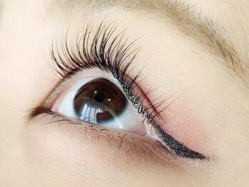 アンジェリーク 八王子店の写真/【まつげパーマで時短メイク!】顔のバランスを見極め、あなたの瞳に似合うオーダーメイドEYEを叶えます♪